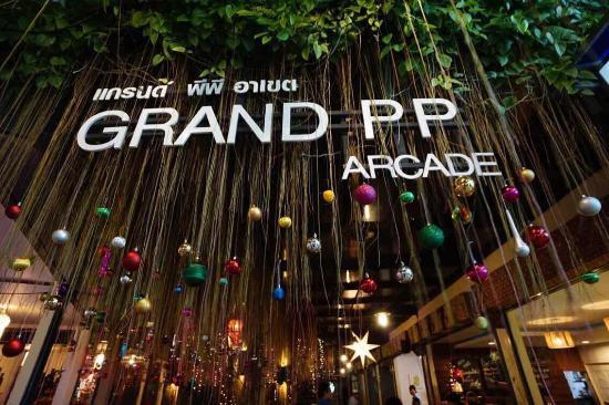 grand-arcade