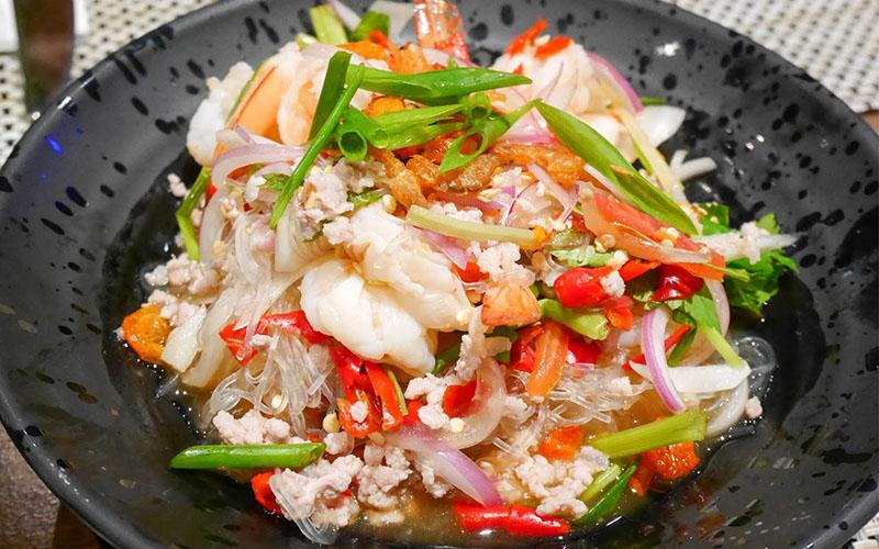 Yummy sea vermicelli